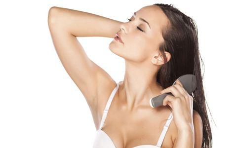 月经期间能洗头吗 经期能洗头吗 洗头的禁忌有哪些