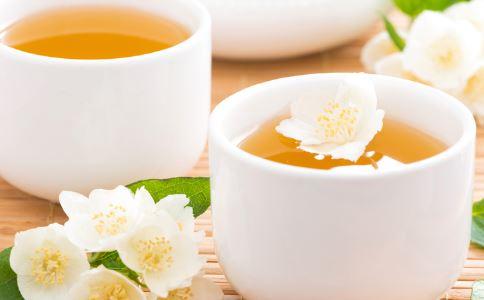 女性喝茶要注意哪些 女性喝茶的禁忌 女性什么时候不宜喝茶