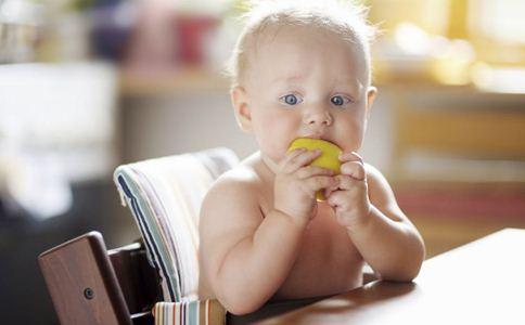 冬天宝宝吃水果要注意什么 冬天怎么给宝宝吃水果 冬天宝宝吃什么水果好