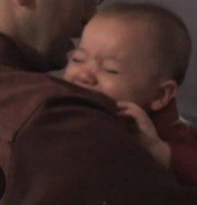 怎样安抚哭闹的宝宝 宝宝哭闹不停怎么办 怎样哄宝宝