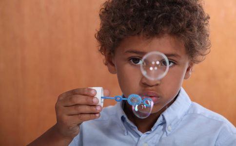 红眼病的症状 红眼病怎么传染 红眼病怎么治