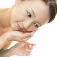 冬季肌肤全方位的保湿方法