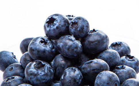 吃什么保护眼睛 吃什么水果对眼睛好 吃什么对眼睛暗红