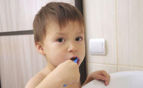 刷牙误区 正确的刷牙方法 刷牙方法