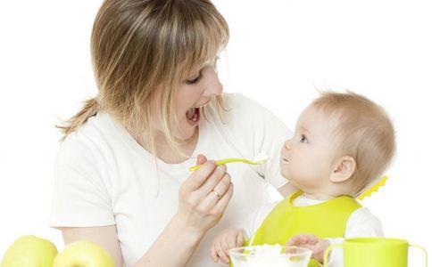 如何对宝宝进行听力训练