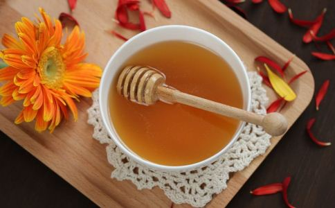 蜂蜜的营养价值 吃蜂蜜的好处 吃蜂蜜有什么好处
