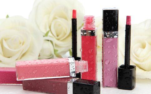 口红暗藏健康隐患 口红的健康隐患 口红的危害
