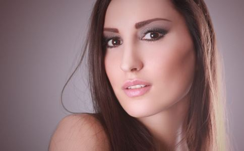 女性经期能洗头吗 女性经期洗头的注意 经期洗头要注意哪些