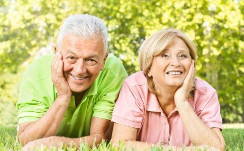 老年人为什么会口臭 口臭怎么办