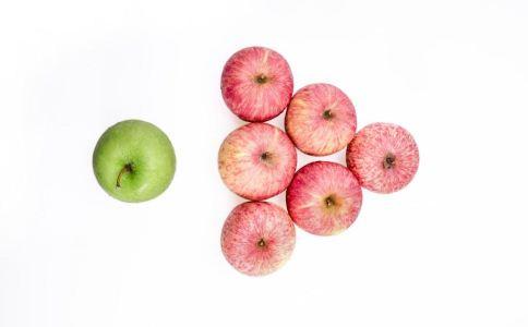 宝宝吃水果的注意事项 宝宝吃水果要注意什么 宝宝吃水果有什么要注意的