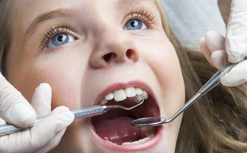 洗牙图片 洗牙多少钱 洗牙的图片
