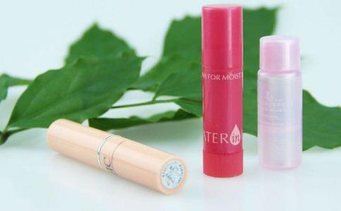 长期大量使用唇膏警惕重金属超标