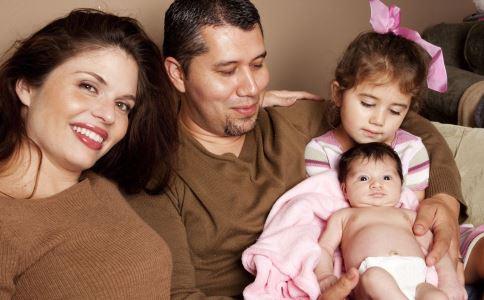 生二胎的妈妈 高龄二胎产妇须知 高领产妇准备生二胎