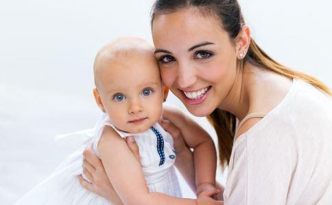 高龄妈妈还能不能生二胎 高龄女性可以生二胎吗 高龄妈妈生二胎有什么风险