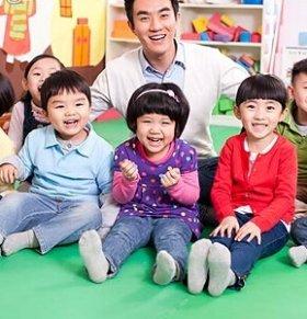 暑假如何让孩子爱上兴趣班 孩子不爱上兴趣班怎么办 怎样才能让孩子爱上兴趣班