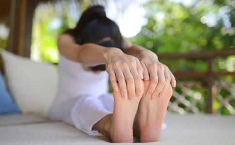 瑜伽 瑜伽减肥 怎么选择瑜伽配件