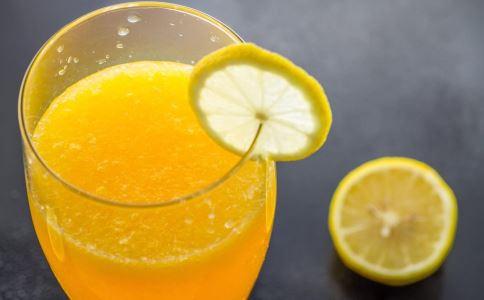孕妇可以喝橙汁吗 产妇可以喝橙汁吗 橙汁的营养价值