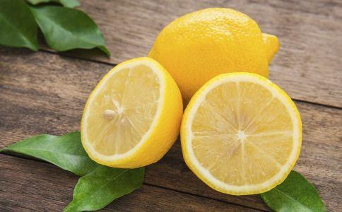 柠檬水的做法 柠檬水的功效 柠檬水怎么做
