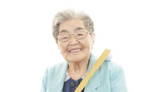 夏季老人要注意哪些 老人夏季如何养生 夏季老人的养生注意