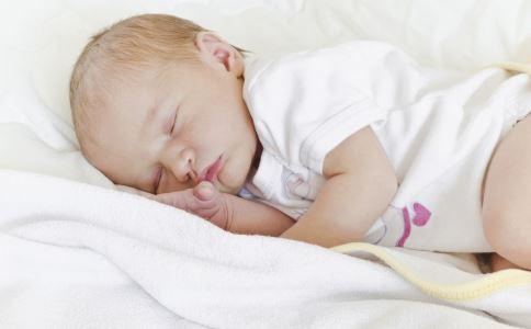 宝宝纸尿裤用到多大 纸尿裤一般用到几岁 尿不湿用到几岁
