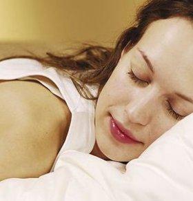 坏习惯破坏新陈代谢:睡眠不足 久坐不动