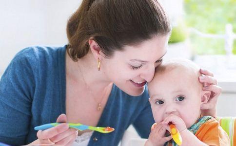 宝宝夏季饮食要注意什么 夏季饮食吃什么好 宝宝吃什么食物好
