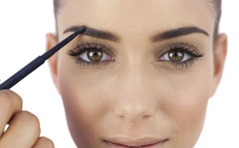 敏感性肌肤如何护肤 敏感性肌肤的护理 敏感性肌肤护肤的注意