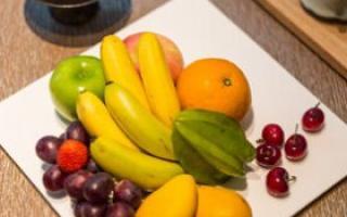 宝宝吃水果注意 一岁前少吃这几种水果_宝宝食谱_育儿_99健康网