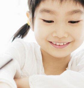 5岁的宝宝可以学习书法 多大的宝宝可以学书法 宝宝学书法