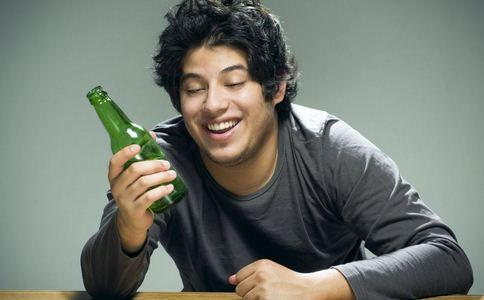 喝酒的技巧 和领导喝酒 喝酒小技巧