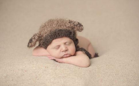 宝宝哪个季节断奶比较好 宝宝断奶要注意什么 为什么宝宝要断奶