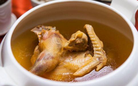 秋季滋补 虫草花糯米乳鸽汤的做法_母婴食谱_饮食_99健康网