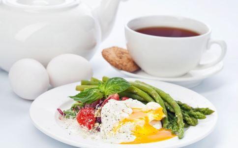 不吃早餐易伤肝脏 不吃早餐的危害 不吃早餐有哪些危害