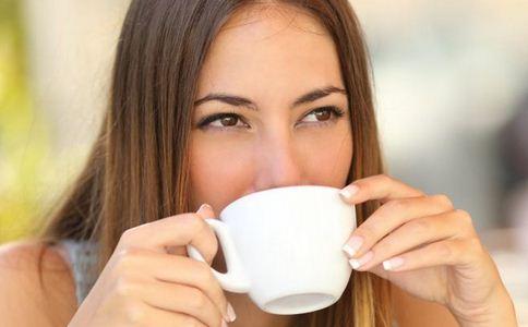 来大姨妈可以喝咖啡吗 月经期间可以喝咖啡吗 来例假能喝咖啡吗