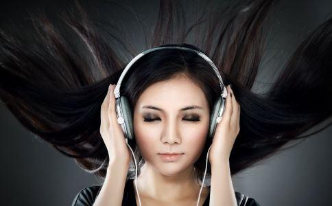 音乐有助青少年舒缓抑郁 音乐缓解抑郁 听音乐的好处