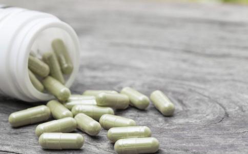 吃药的安全隐患 日常用药的安全隐患 吃药有哪些安全隐患