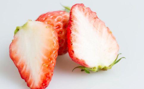 来月经吃草莓好吗 经期吃草莓能排毒吗 经期吃什么排毒