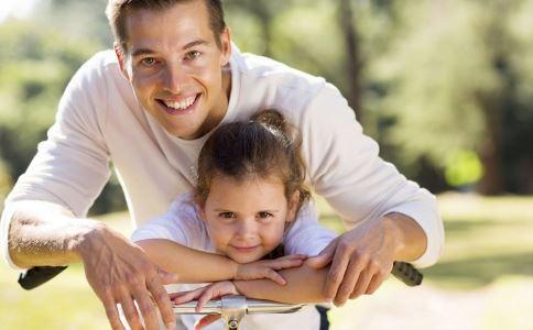 家长如何与孩子沟通 家长应该怎么和孩子有效沟通 家长与孩子沟通技巧