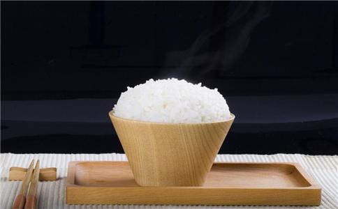 上班族午餐吃适合吃馒头还是米饭