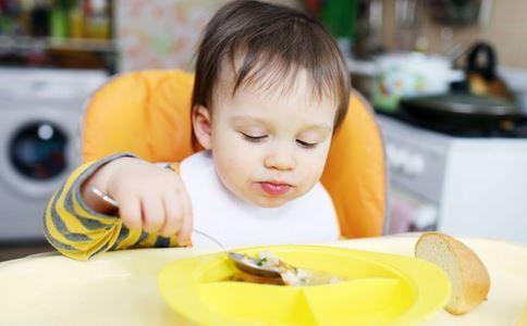 吃饭太撑会给心脏负担 吃饭太撑会带来心脏问题 吃饭太撑心脏受不了