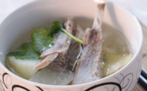 喝汤好处 经常喝汤的好处 煲汤常用的药材有哪些