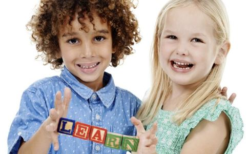 怎样引导孩子正确使用电子产品