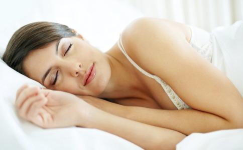 哪些食物有助于睡眠 有助于睡眠的食物有哪些 失眠可以吃些什么食物