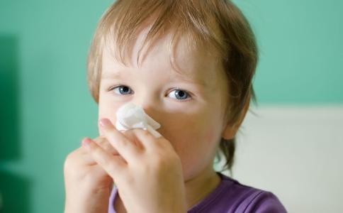 过敏性鼻炎该如何用药 过敏性鼻炎用药要注意什么 鼻炎用药不当有什么后果