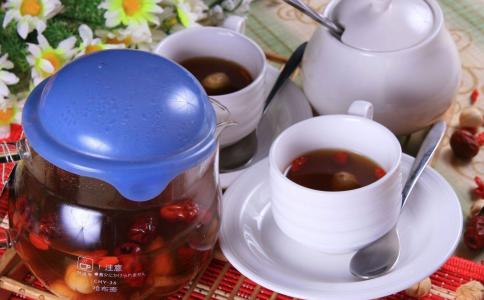冬天适合喝生姜红糖水吗