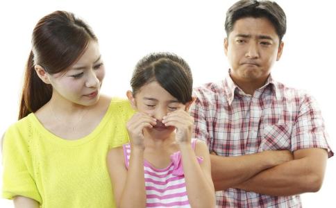 家庭教育怎么做 家庭教育中各自扮演着什么角色 家庭教育对宝宝的影响
