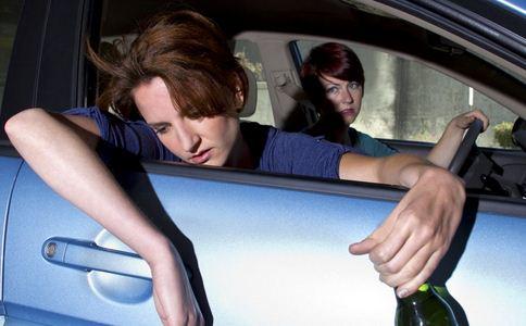 喝酒后多久才能开车 酒后能开车吗 喝酒后能驾驶吗
