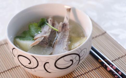 排骨汤怎么做 排骨汤的作用 山药排骨汤的功效