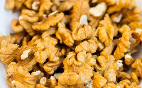 核桃仁怎么吃 核桃怎么吃最好 核桃仁的做法