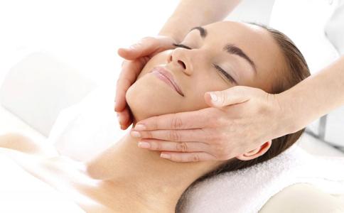 光子嫩肤术后护理 光子嫩肤该注意什么 如何避免光子嫩肤术后感染